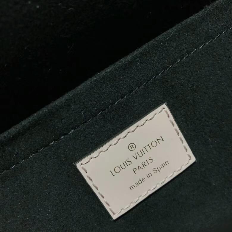 路易威登官网 LV新版邮差包44113 不一样的感觉 粉色