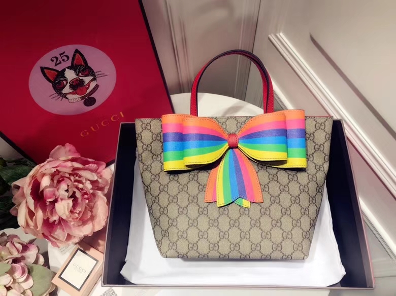 Gucci最萌的mini蝴蝶结卡通购物袋 501804,撩翻你的少女,风靡时尚,萌萌哒融化人心 21×20×10cm