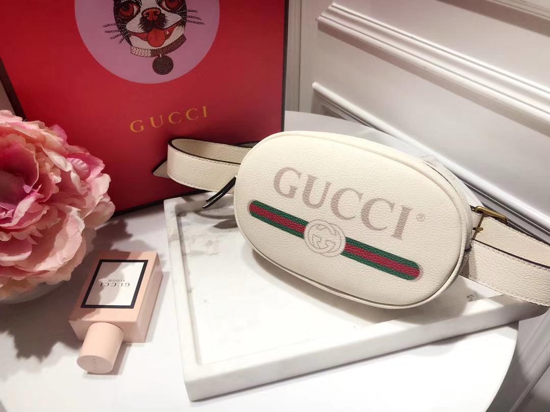 Gucci新款涂鸦腰包 476434 白色 皮质软 逆袭整个时尚圈 搭配个性风格 Plus手机绰绰有余 18×11×5cm