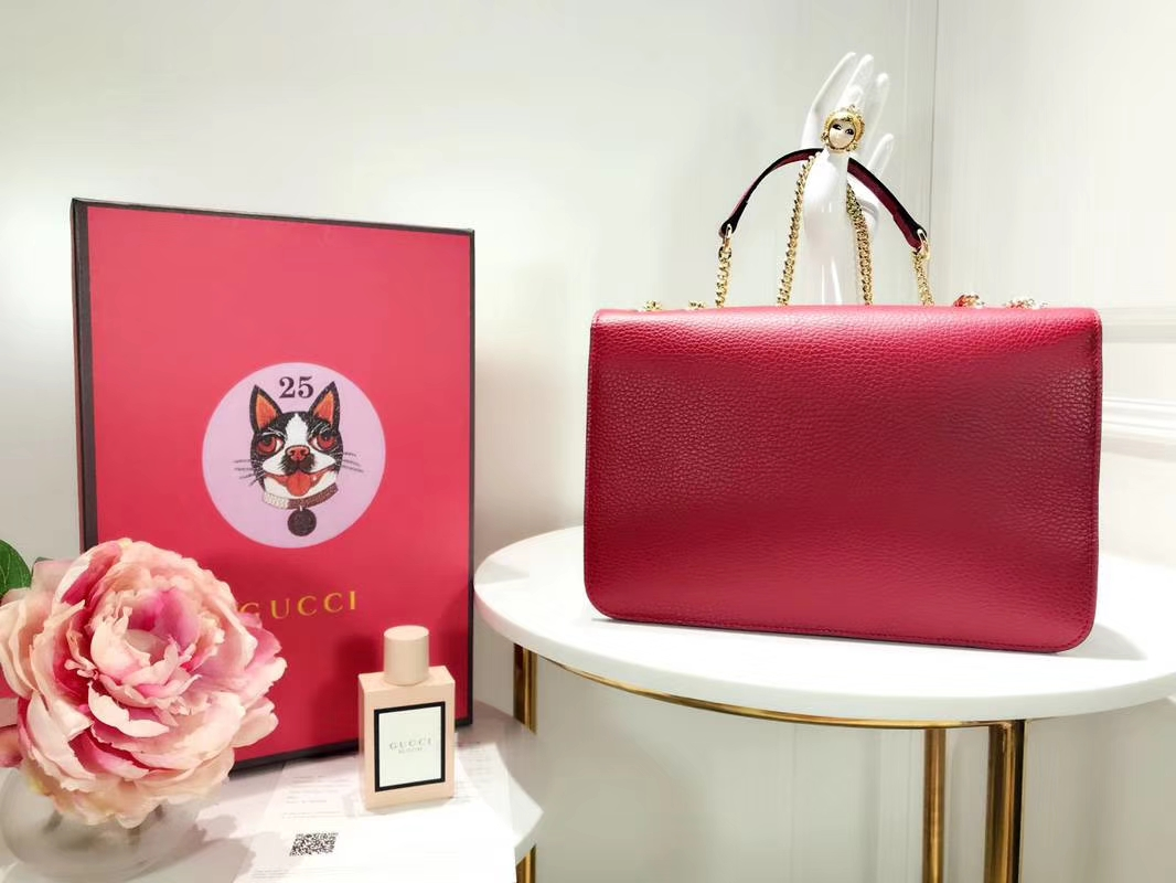 GUCCI 全新爆款 小方包 510303 枣红色 进口五金配件 皮质柔软 设计玩味时尚 28×19×7cm