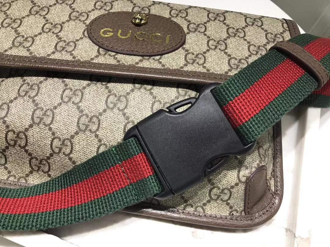 Gucci简约款腰包正面饰以虎头 小五金件 493930  搭配红绿可调节肩带  24×16×3.5cm