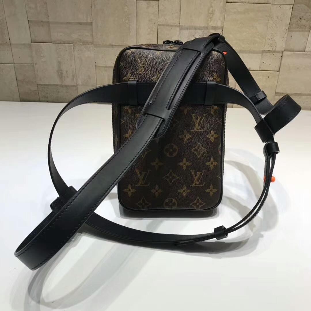 路易威登官网 设计师VirgilAbloh首发单品44429 火热时装秀