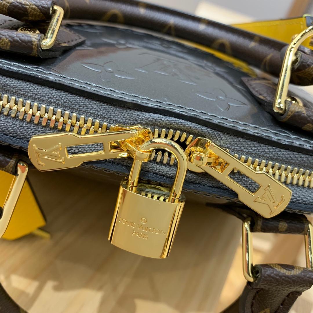 路易威登包包 经典不能再经典的贝壳90378 新版颜色搭配超美