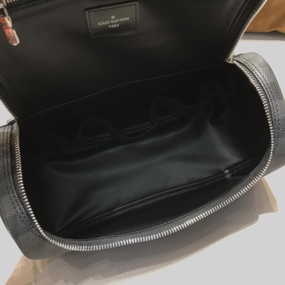 【¥630】路易威登官网 LV经典洗刷包47627 男女通用 时尚百搭
