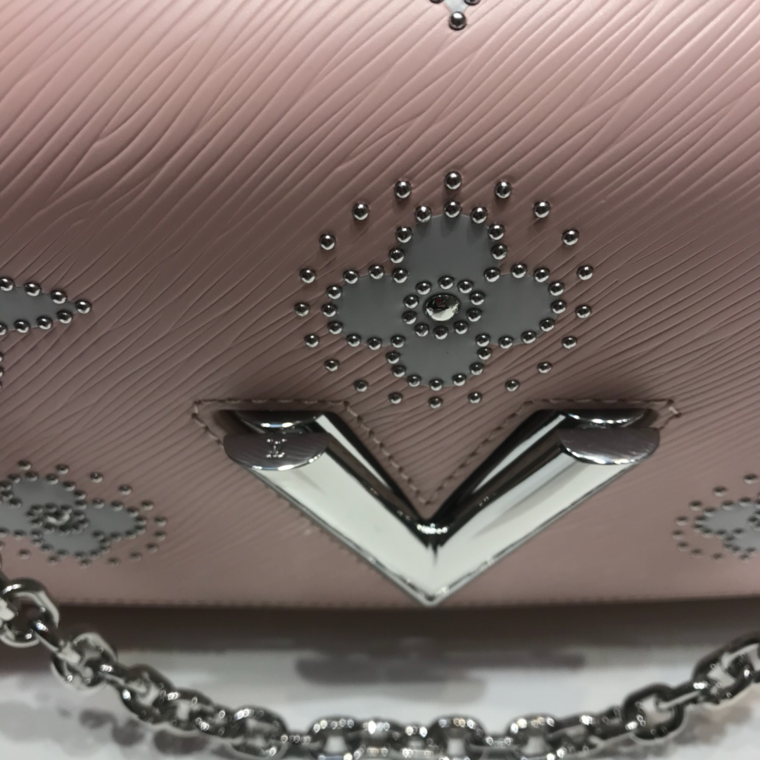 广州白云皮具城 Twist包LV招牌之一50276 造型清贵低调简单大方 肩带可调长短