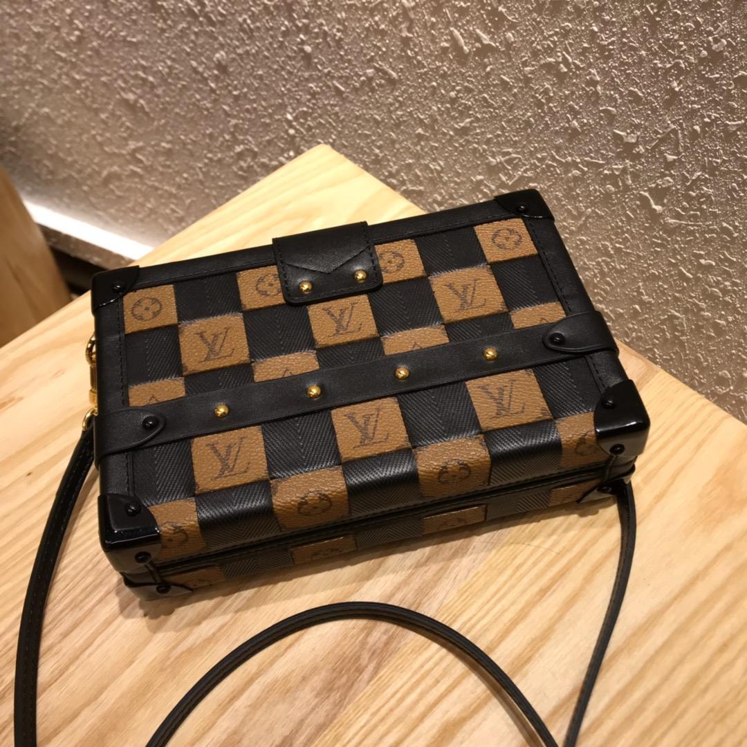 广州白云皮具城 V家百年经典小箱子44154 新颜色编织黄 不单是经典更是艺术