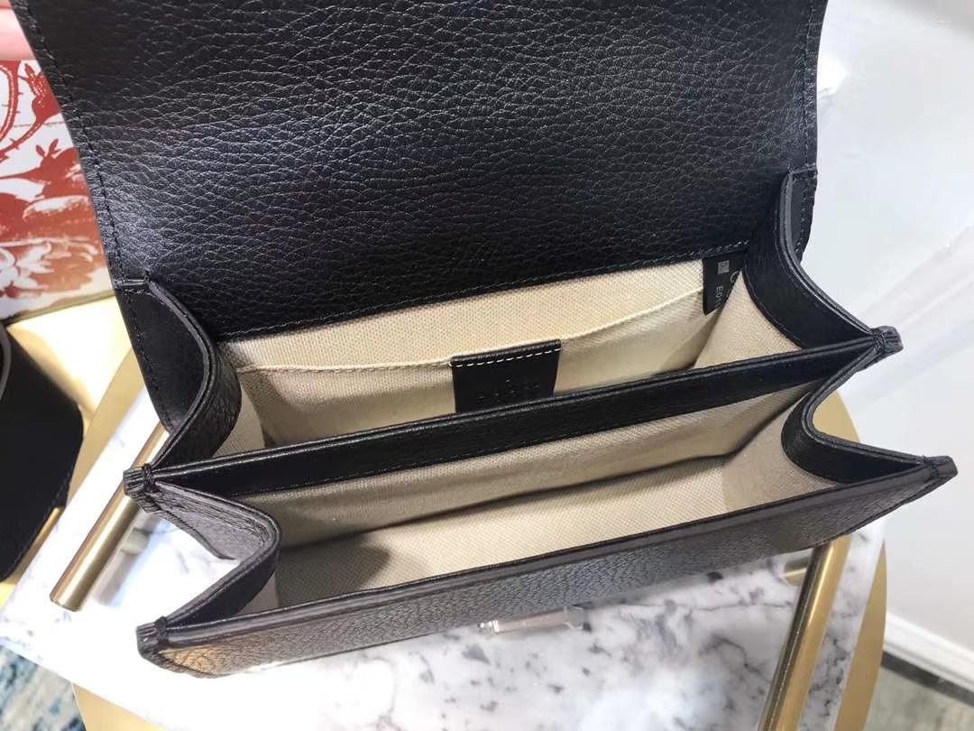 GUCCI(古驰)523367 双G虎头扣 黑色 精选原版小牛皮 天然竹节手柄 双长肩带 20×14×11cm