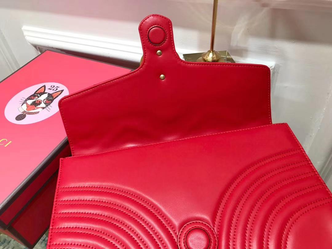 GUCCI(古驰)最新款包波浪纹链条包 498079 红色 精选小牛皮 定制正品黄铜大五金 30×20×4cm
