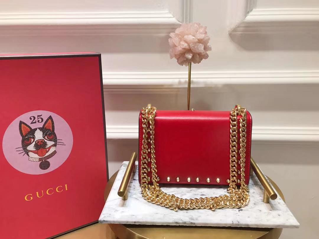 GUCCI(古驰)Padlock 432182 红色 刺绣系列展现温婉动人 甜蜜特别的创意 20×15.5×5cm