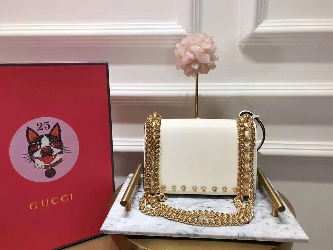 GUCCI(古驰)Padlock 432182 白色 刺绣系列展现温婉动人 甜蜜特别的创意 20×15.5×5cm