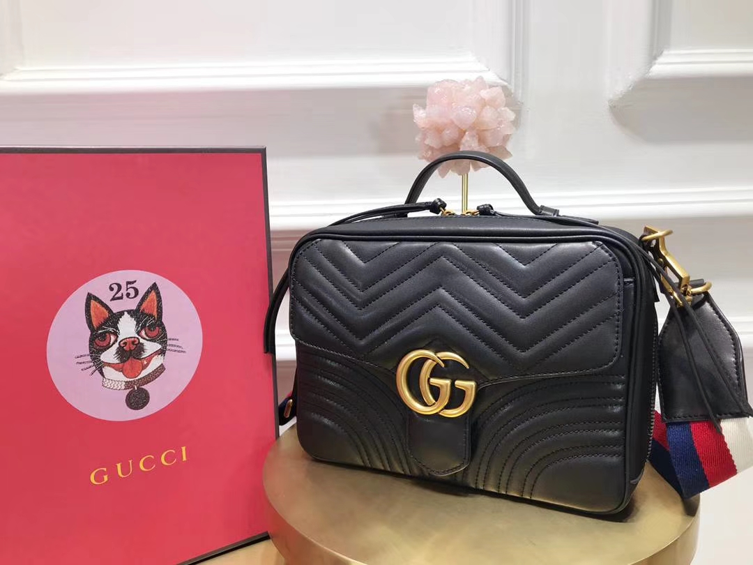 GUCCI(古驰)Marmont绗缝波浪纹肩背包 498100 黑色 双G logo 文艺浪漫 手提式新系列 25×19×8cm