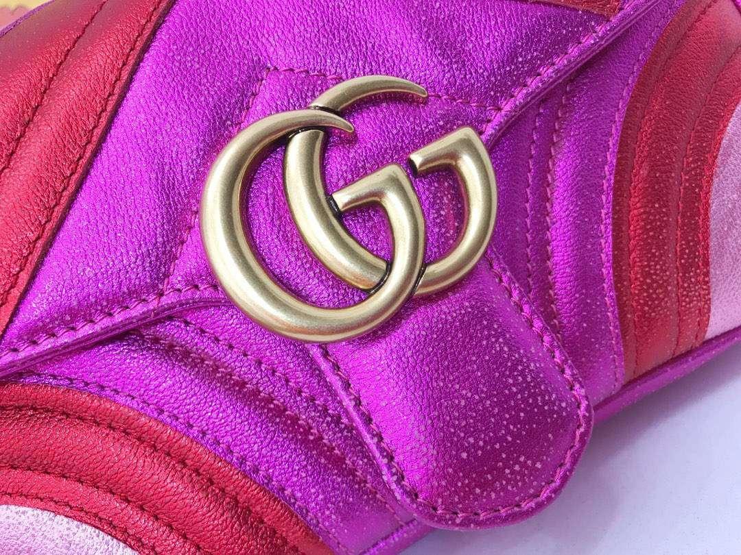 GUCCI(古驰)特别限量款 Marmont 手袋 446744 玫红色 少女感满满 闪闪金属质感 假日气息 22×13×6cm