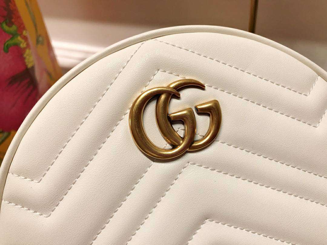 GUCCI(古驰)Marmont 全新圆形斜挎包 550154 白色 标志性的双G logo 复古而华丽 18.5×18.5×6.5cm