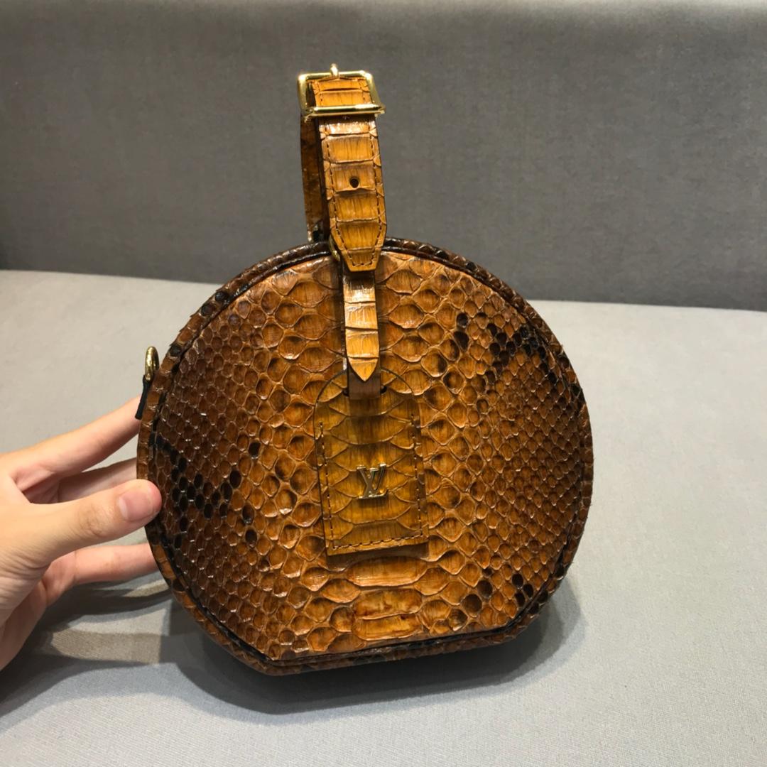 广州白云皮具城 LV非常独特包款盒子43516 全钢五金 真蟒蛇皮