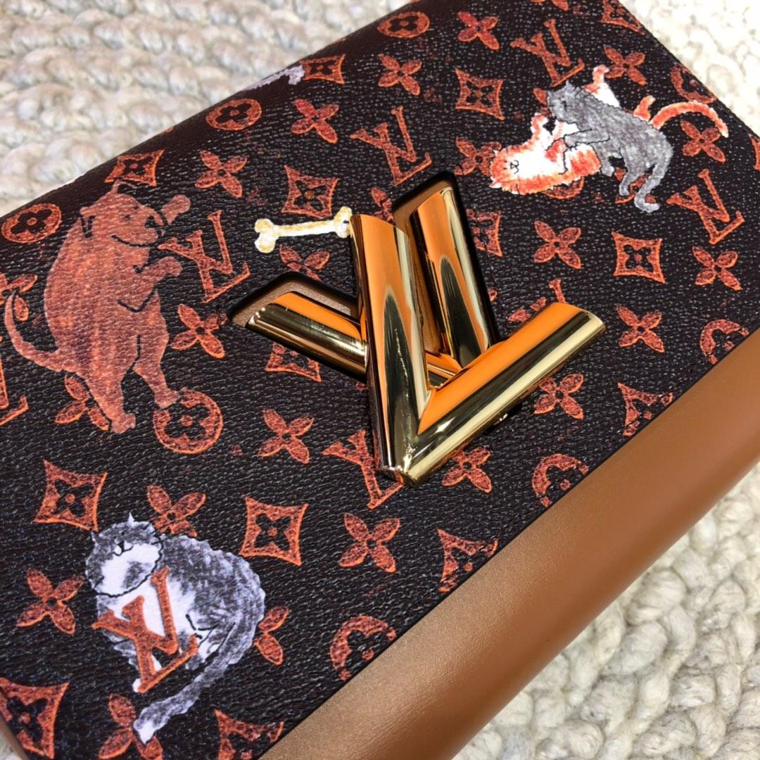 广州包包批发 2019早春限量猫咪系列twist44408 经典包袋增添俏皮趣味