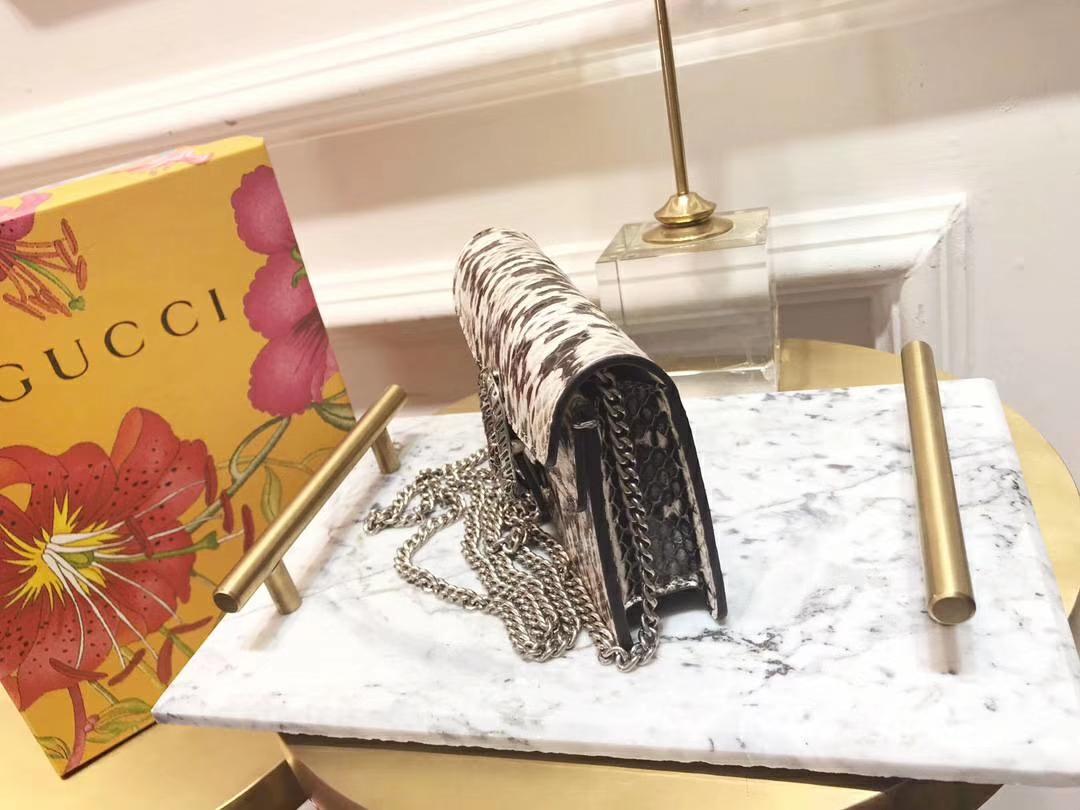 GUCCI(古驰)最新Nano Dionysus 一款Mini 真蛇皮酒神包 476432 黑白色 可爱又迷你 16.5×10×4.5cm