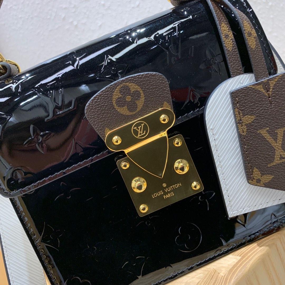 LV包包批发 新款小方包90376 压纹漆皮跟Epi皮革与标志性Monogram的结合 小巧精致