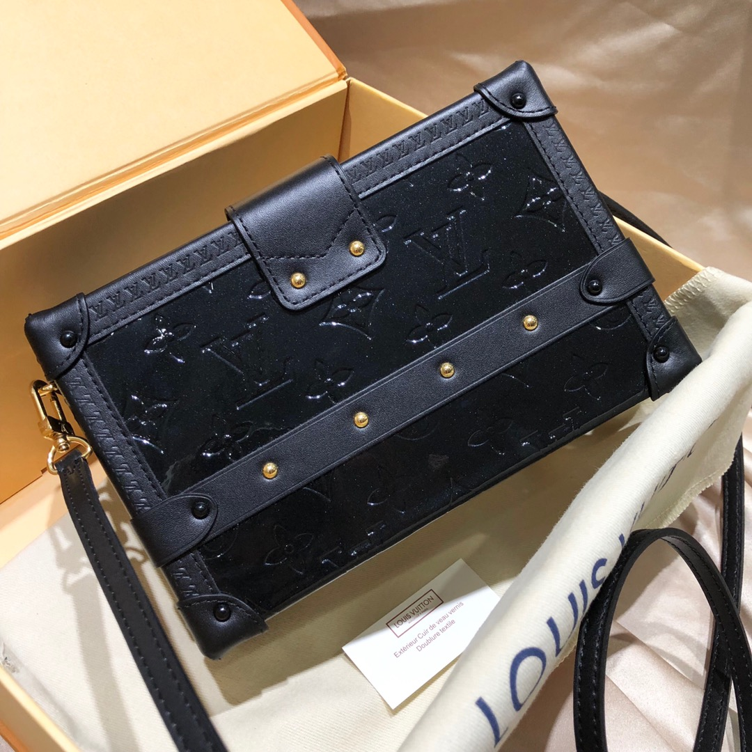 LV宝宝官网 驴家全新推出的漆皮系列盒子44154 炫酷有品位