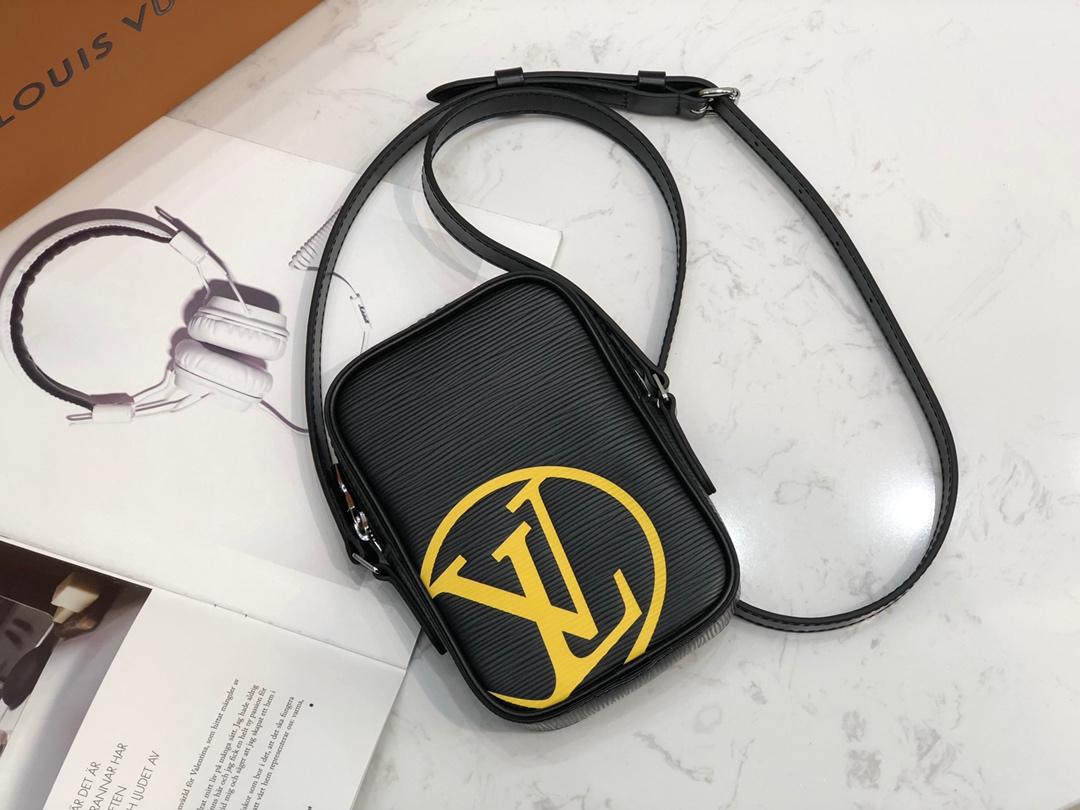 LV包包批发 EPI PATCHWORK系mini手袋43678 年轻气息活力无限