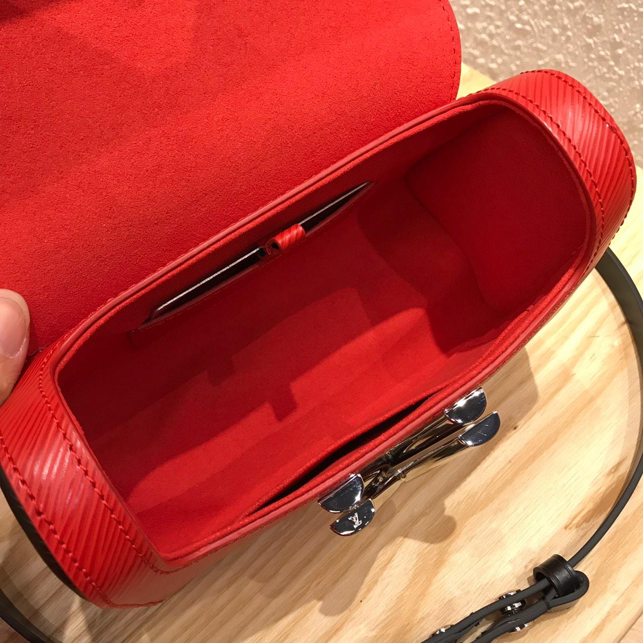 LV包包批发 Twist包新品小号50278 造型清贵低调简单大方