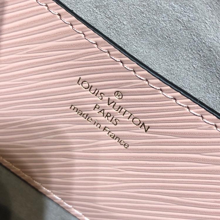 路易威登官网 最新Twist包花朵款50271 造型清贵低调 简单大方