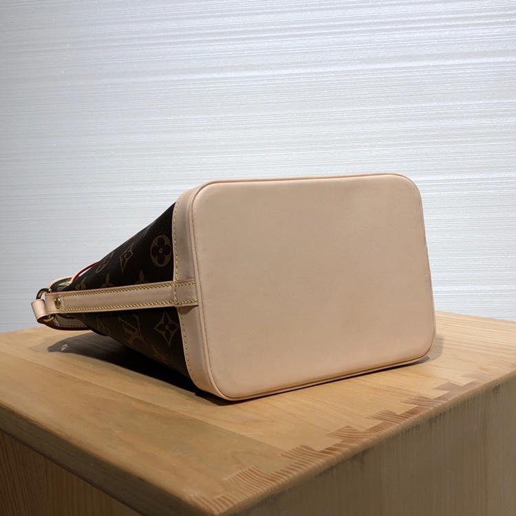 【¥830】LV包包 中古mini版水桶包41348 经典水桶众所周知 好看又好背