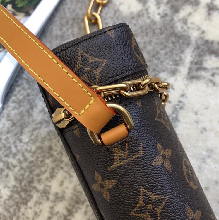 LV包包 2020年男士春夏系列烟盒50134 老花搭配金链条 精致复古