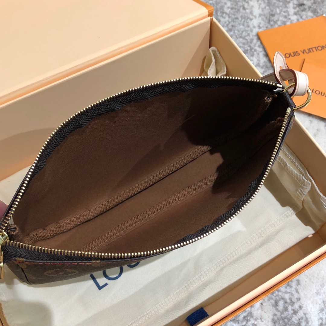 【¥390】LV包包工厂 村上隆合作款樱桃麻将包67775 小巧时尚
