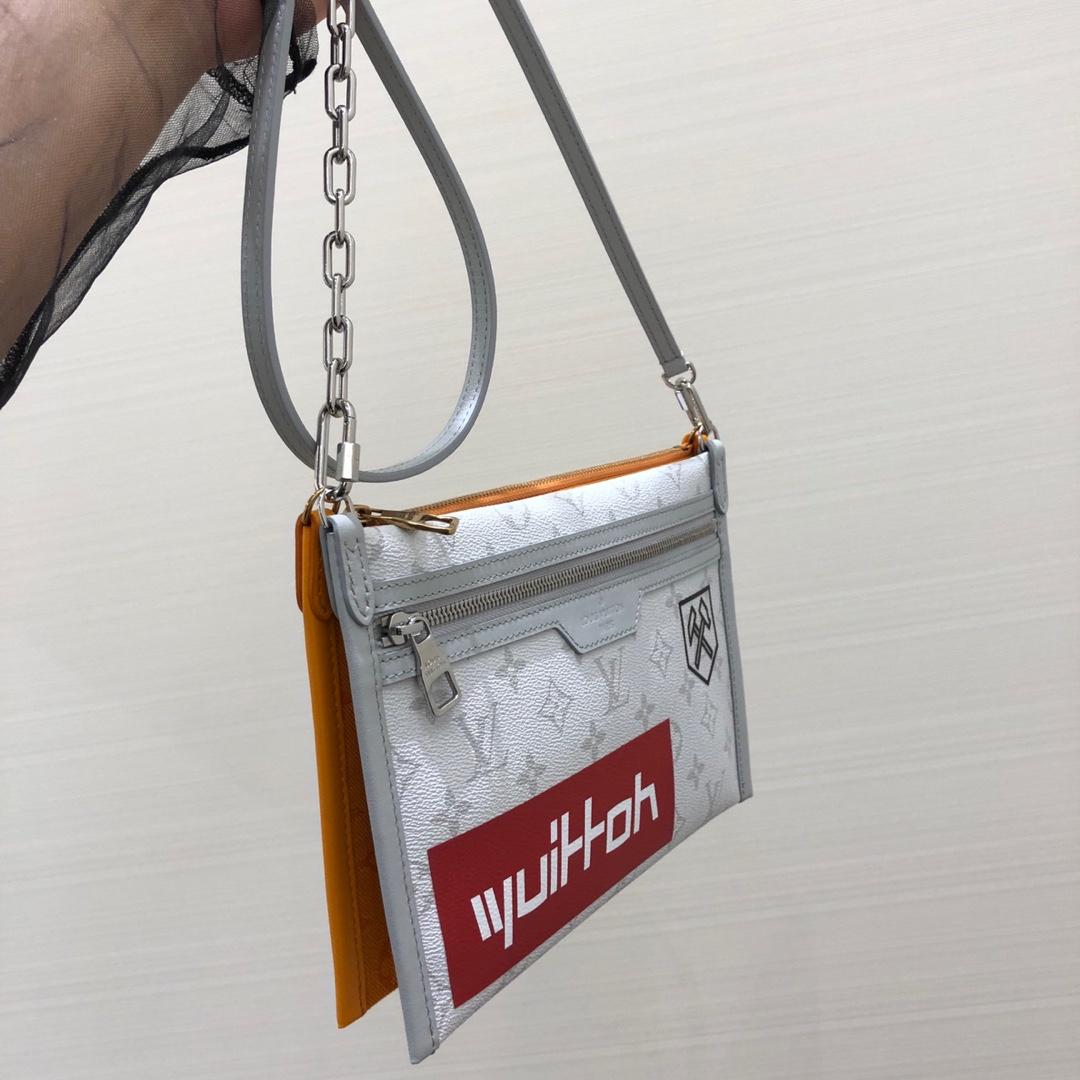 LV男包 早秋男款系列44640 简洁大气 轻便耐看又百搭