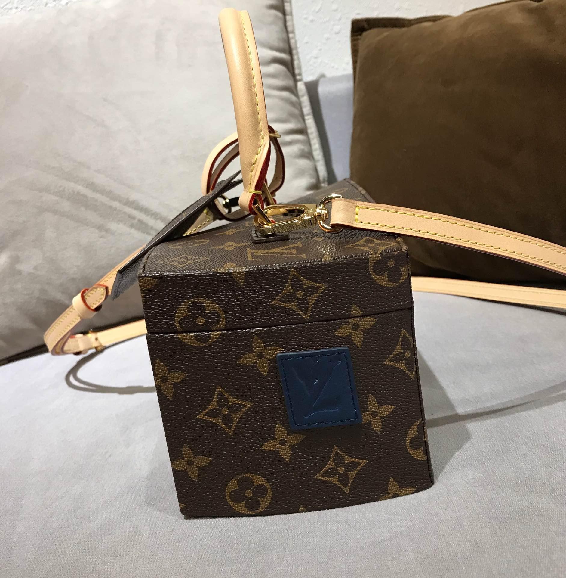 路易威登官网 驴家160周年珍藏纪念款扭曲盒子40275 限量发售