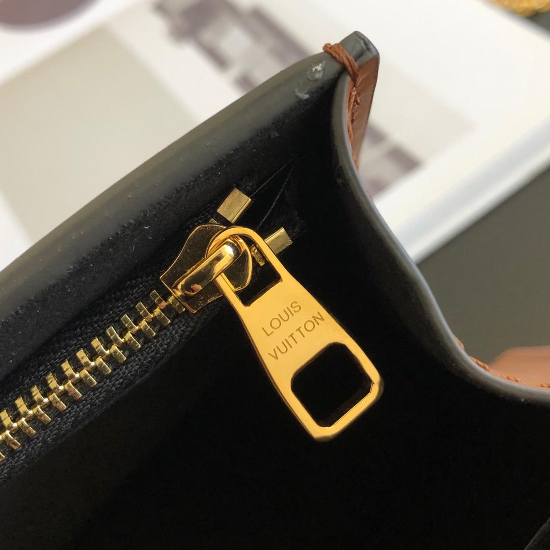 【¥880】LV包包厂家 最新单肩包腋下包44172 配两条带子 随风格搭配 时尚控必入