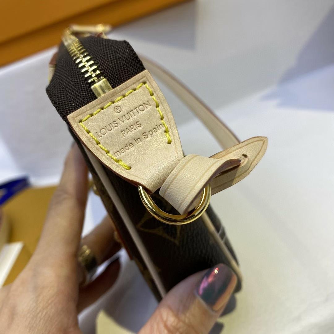 【¥830】LV新款 火出天际的麻将包51980 魅力时尚 原版开发
