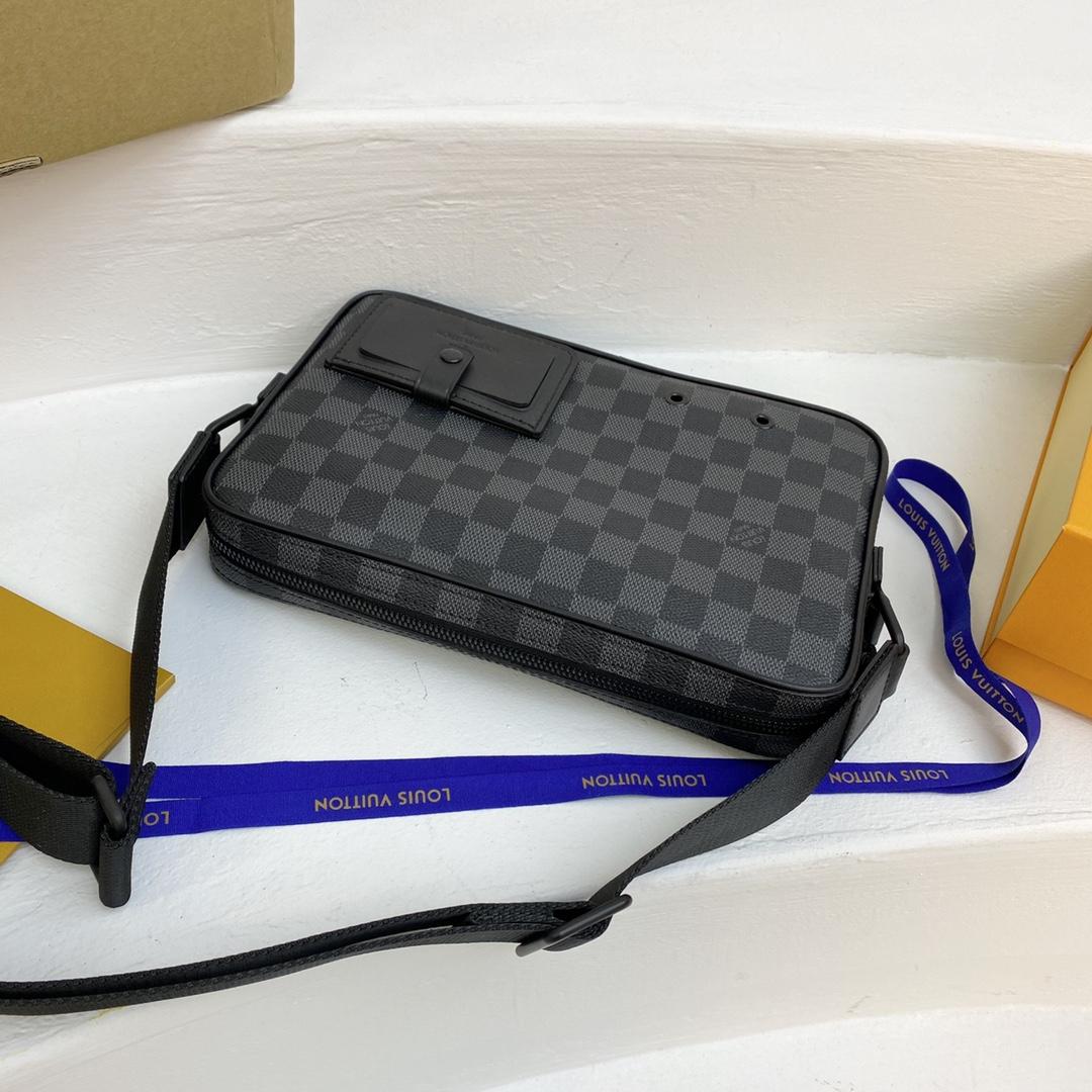 【¥980】驴家Alpha邮差包40408 2020秋冬棋盘格 渐变配色超新颖
