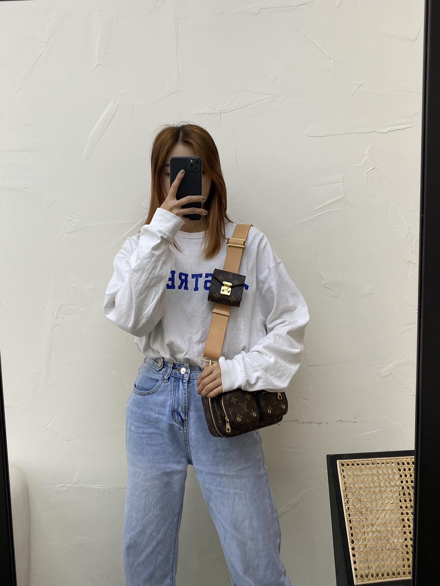 【¥1250】LV最新二合一机车相机包41029 又酷又飒 百搭时尚