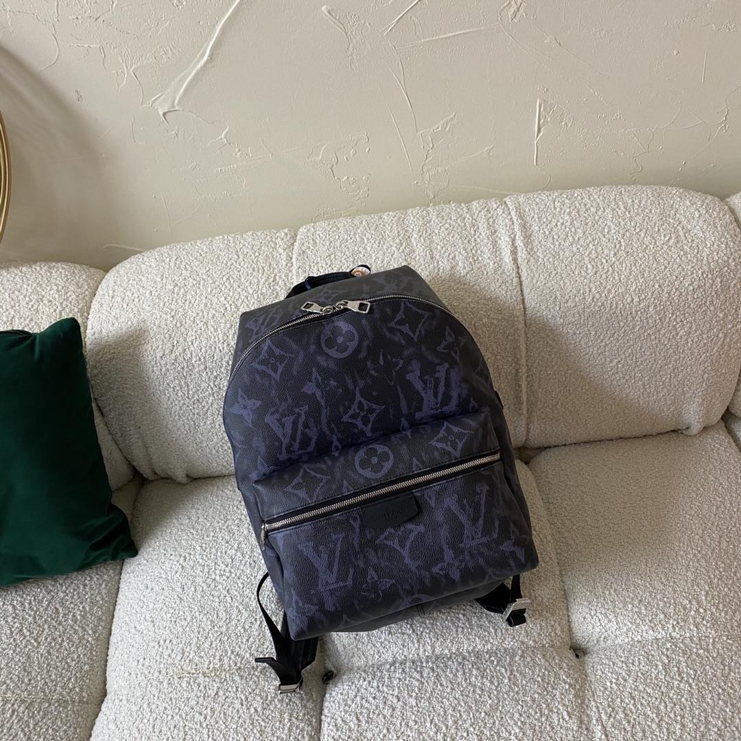 【¥1200】驴家2021年早春系列背包45218 低对比度的配色更有质感
