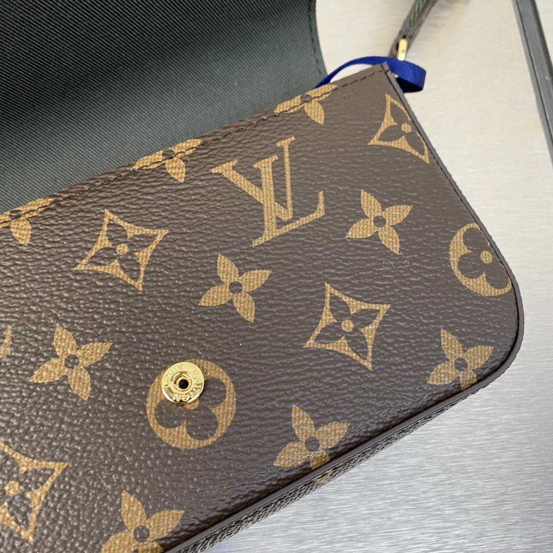【¥750】LV最新版三合一80091 经典方型小卡包 经典三合一主袋 尼龙款肩带