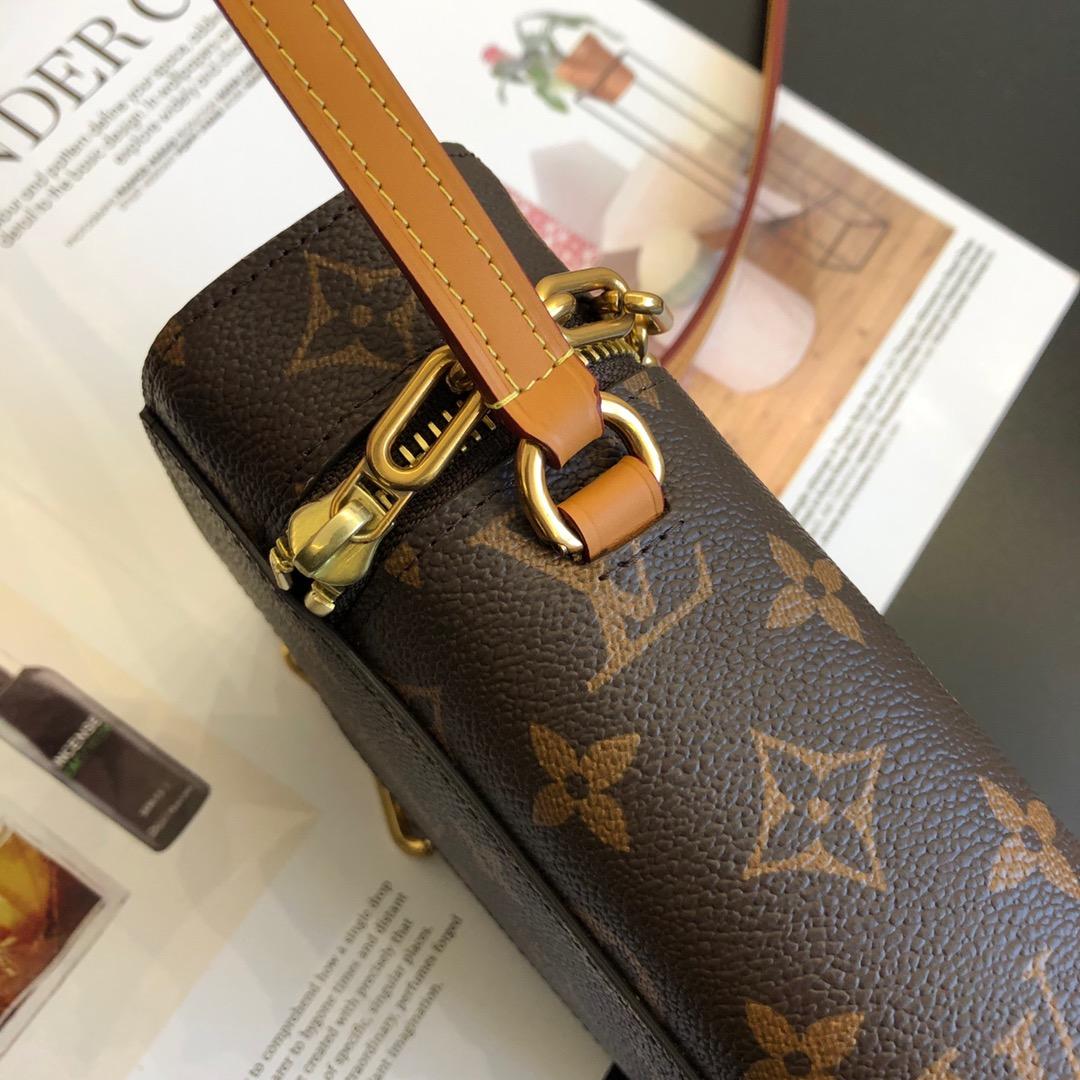 【¥880】2020年男士春夏系列烟盒包50134 老花搭配金链条 精致复古 经典又带点活力