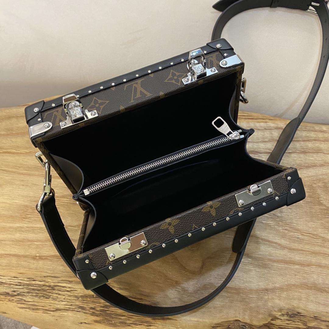 【¥1450】LV男款盒子20251 把经典演绎得淋淋尽致 男神必入