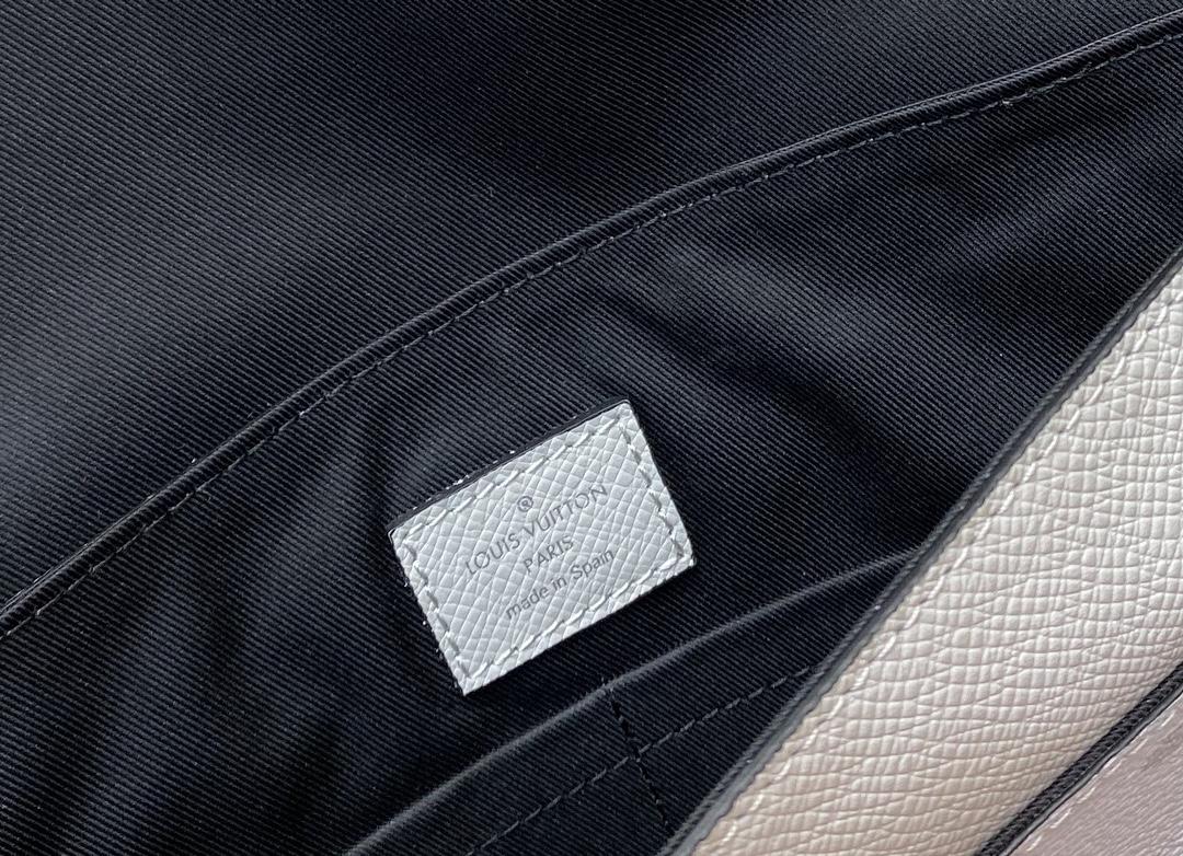 【¥750】LV男款信封包30411 新色老花更显年轻 简单且洋气