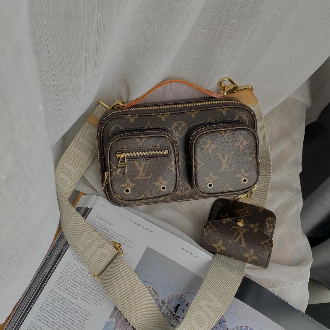 【¥1250】LV最新二合一机车相机包80446 又酷又飒 时尚百搭
