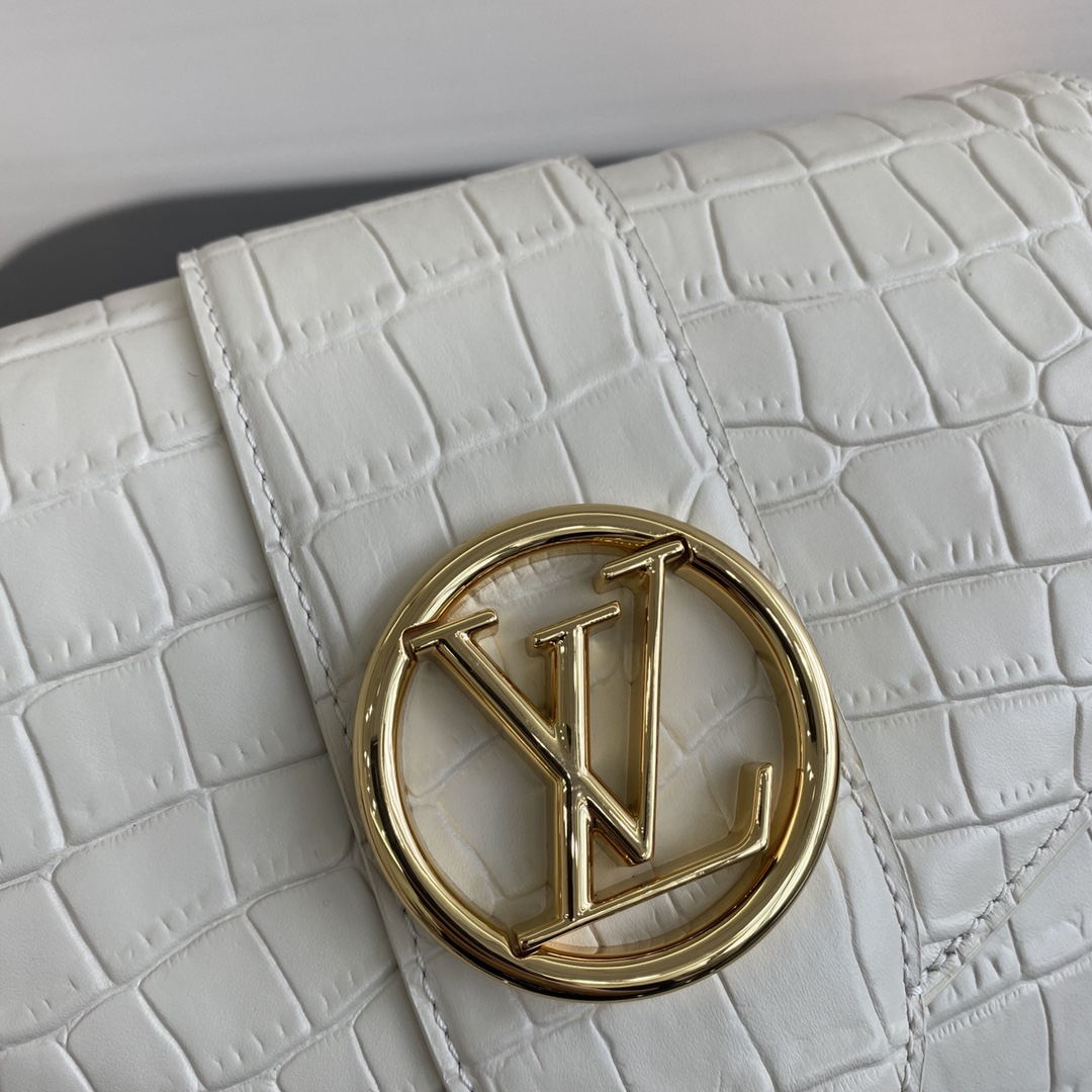 【¥1750】全新的Pont9手袋55897 以浪漫的巴黎新( pont neuf)为灵感 表现巴黎女子轻松优雅的时尚态度