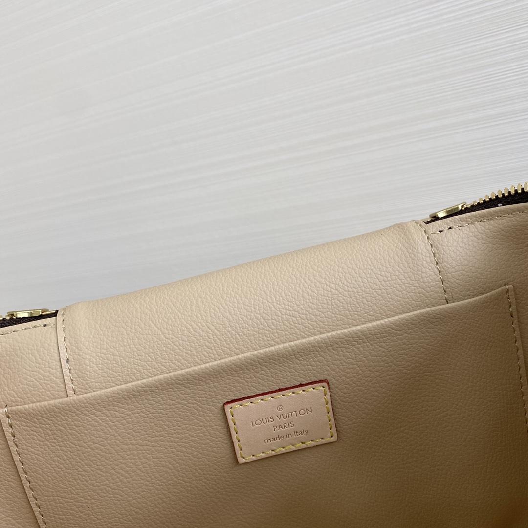 【¥1050】LV化妆包大号42265 可以拎着出街的化妆箱 搭配宽肩带更实用更特别