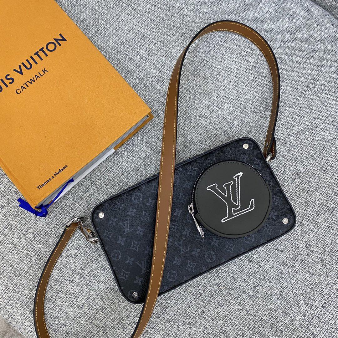 【¥750】LV秋冬秀场新款相机包69688 超新颖的系列 潮男必须入手