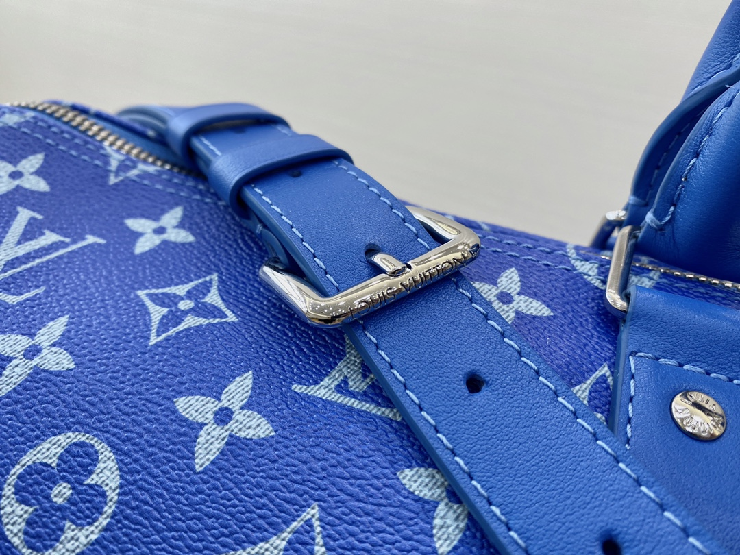 【¥1280】LV蓝天白云系列旅行袋56715 美出天际的一季 蓝天白云晴空往里