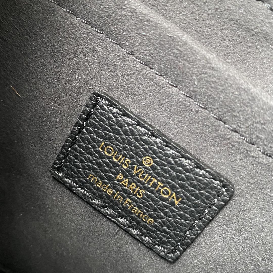 【¥1280】驴家2021秋冬最新Lockme小邮差 拼色粗肩带 可分三档调节 链条单肩背 简约大气