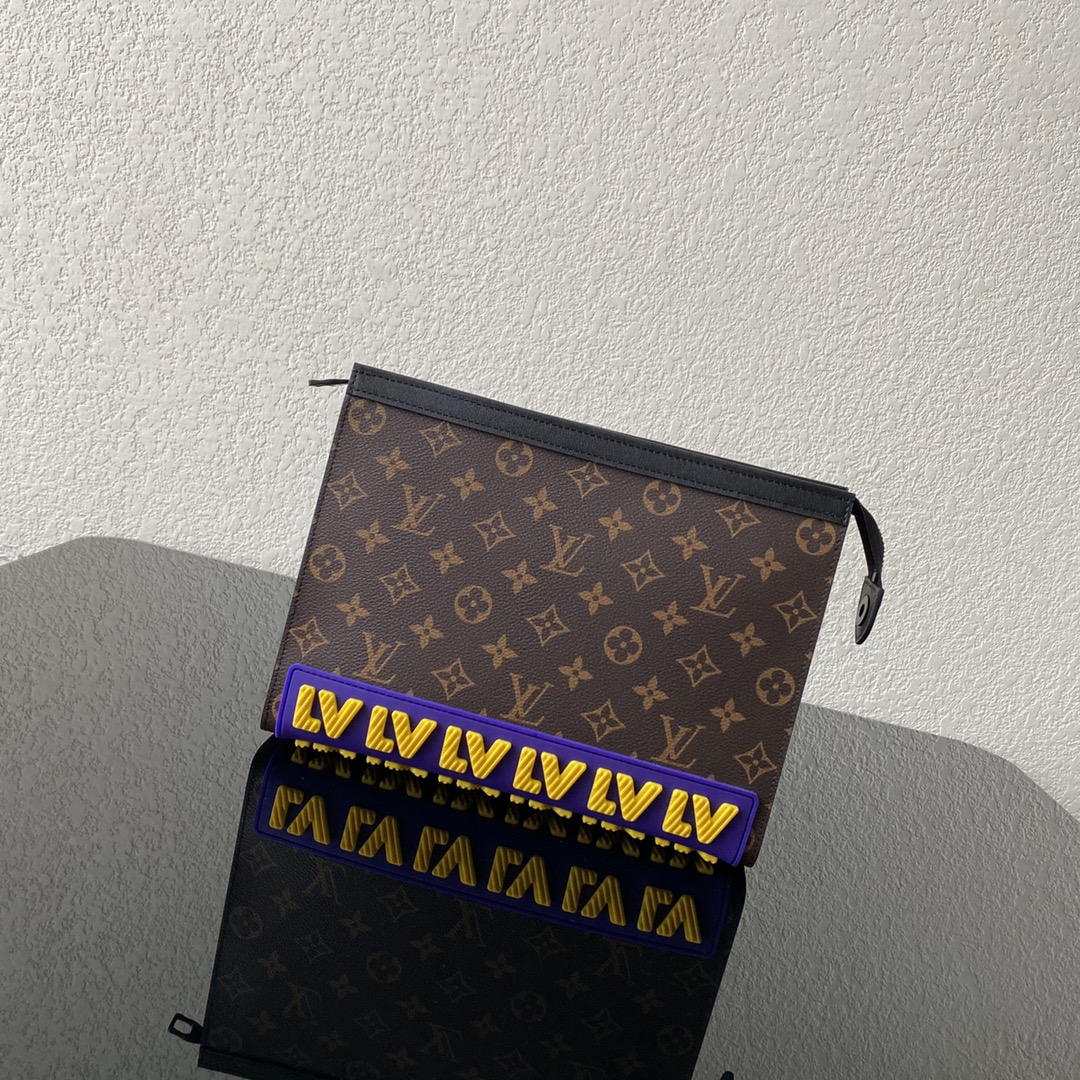 【¥780】LV早秋系列CRUISER手包 卡通设计的斜纹字母LOGO 经典老花超级抢眼