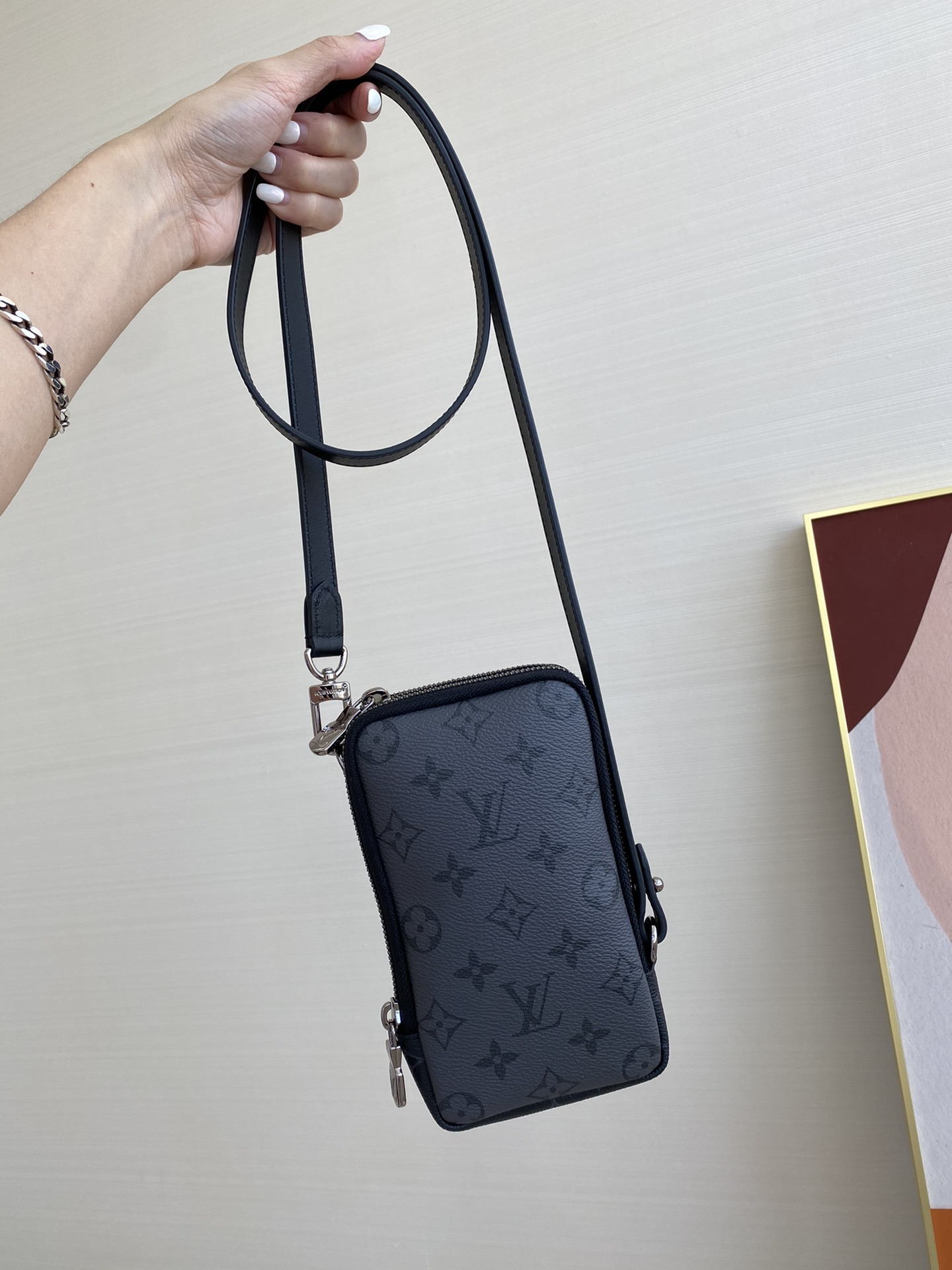 【¥720】LV时尚手机包69534 低调实用 两面双色搭配