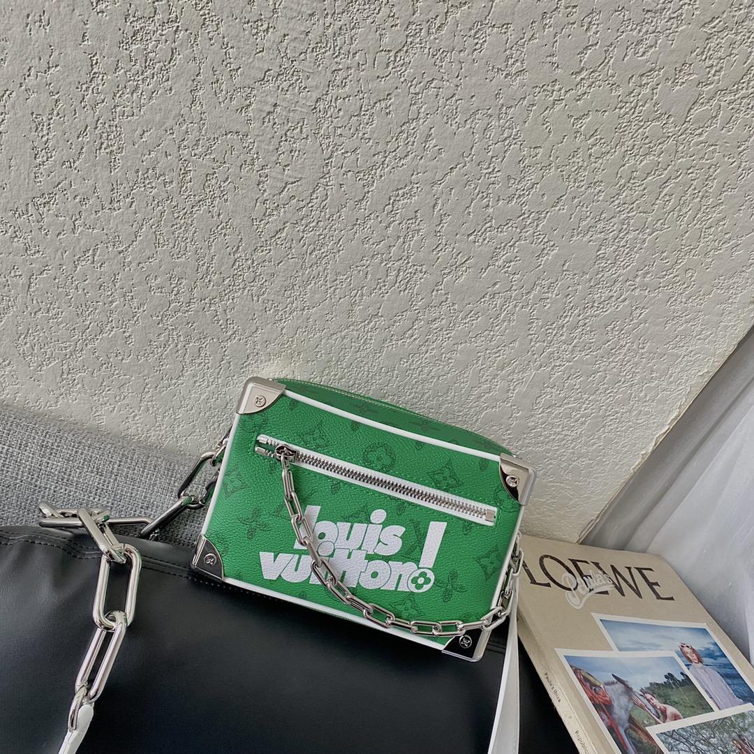 【¥1200】驴家2021-22秋冬Everyday LV胶囊系列 复古的Monogram花料点缀全新Louis Vuittonl标识
