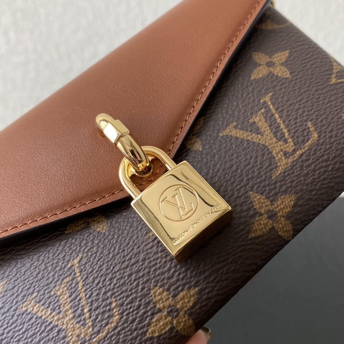 【¥840】LV最新小单品锁头包80763 小巧精致 一包多用