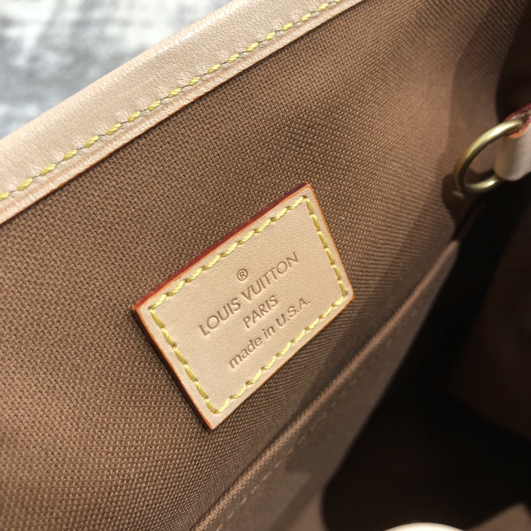 【¥800】LV中古老花款手提包45461 款式特别 非常经典 绝版的精品